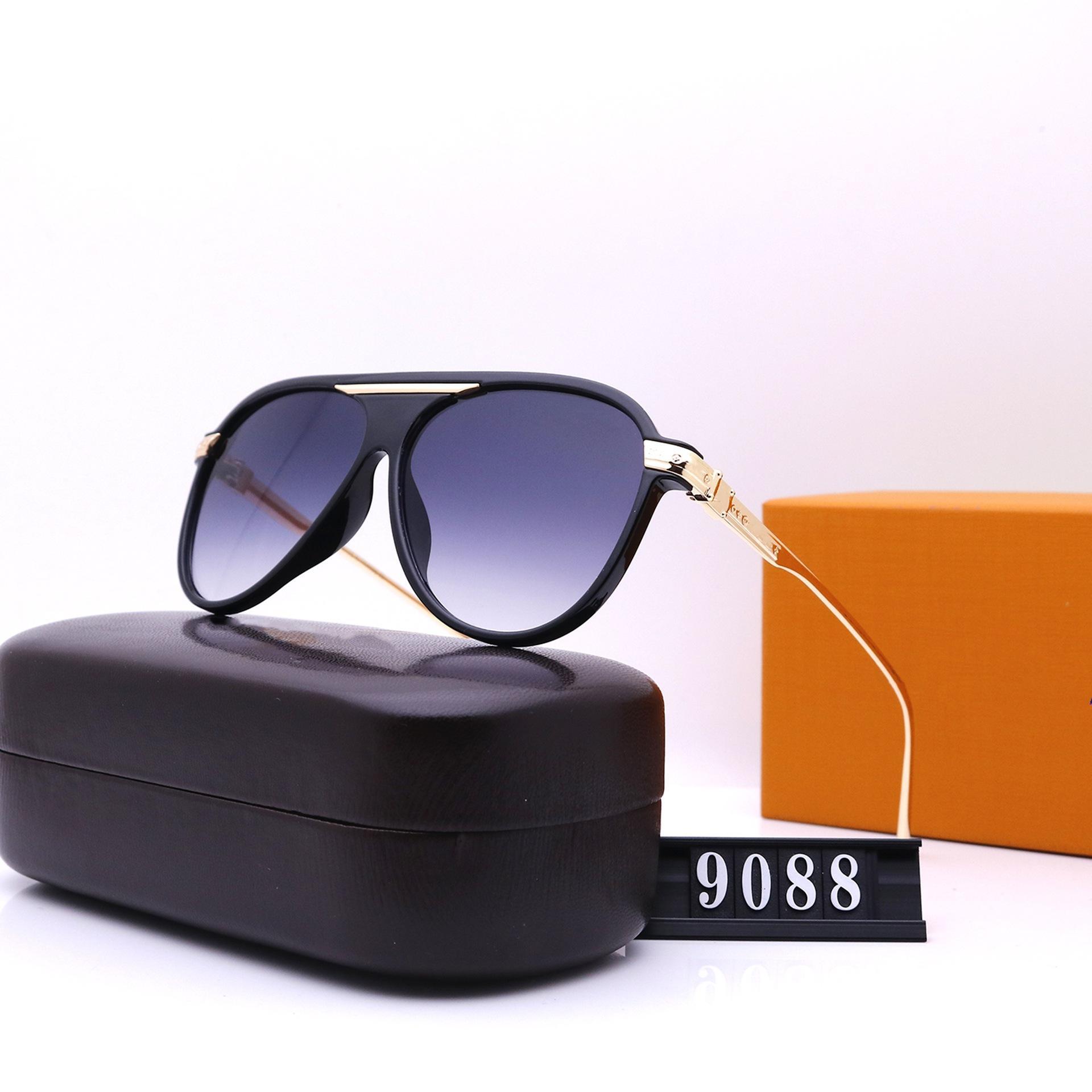 ستة ألوان 2021 النظارات الشمسية الأزياء للنساء مصممي الفضلات عالية الجودة HD الاستقطاب عدسات القيادة نظارات 9088
