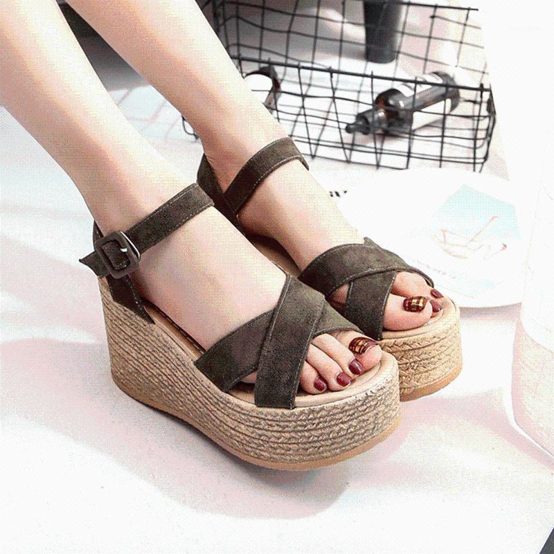 Sapatos de vestido Buckle Verão Mulheres Sandálias Moda Plataforma de Salto Alto Toes Aberto Veludo Fish Boca Zapatos de Mujer1