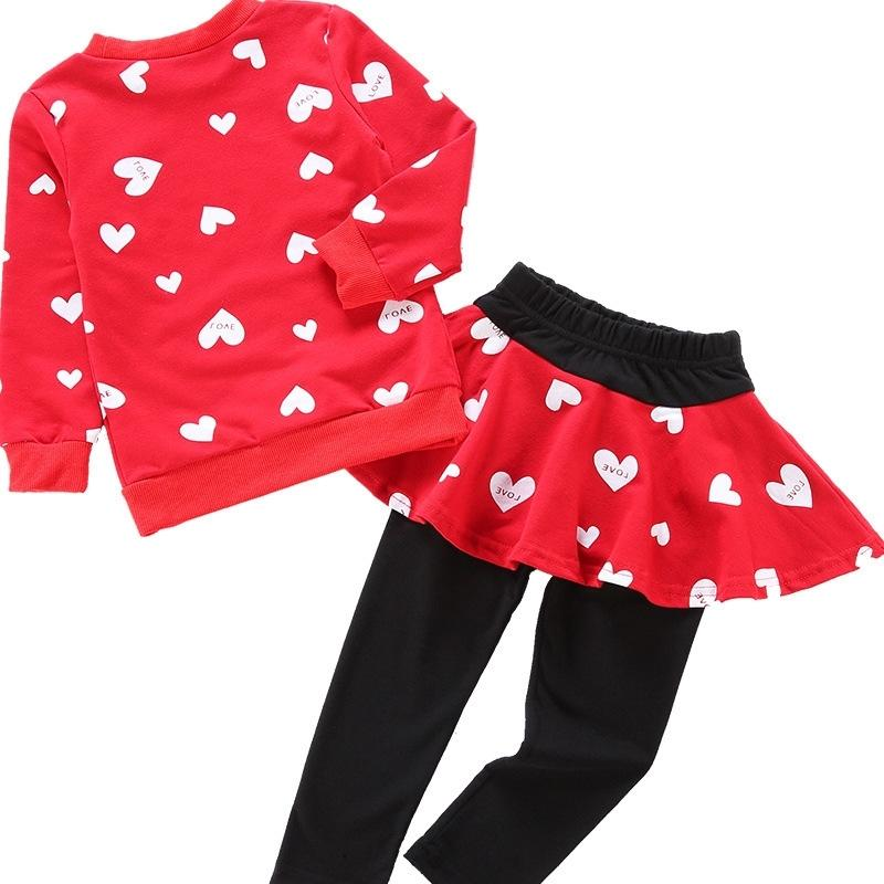 Outono inverno meninas meninas conjunto de roupas de Natal Coração de desenhos animados roupas infantis 2 pcs manga longa tops + vestido calça terno esportivo y200325