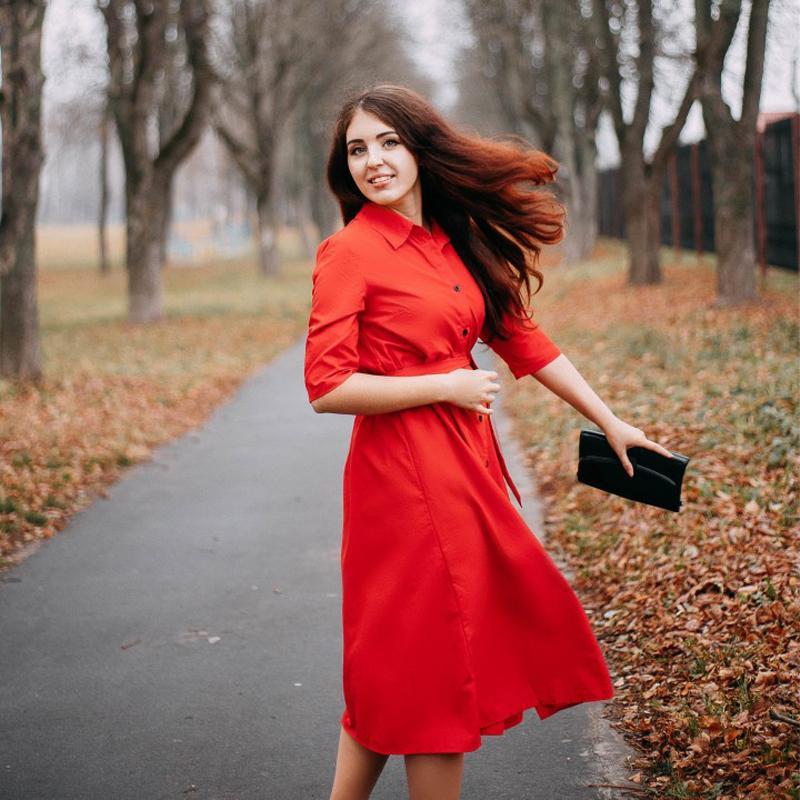 2020 Женщин Повседневного Пояса линия платья партии Дама Кнопка Turn воротник OL стиль рубашка летнее платье до колен платья Твердых