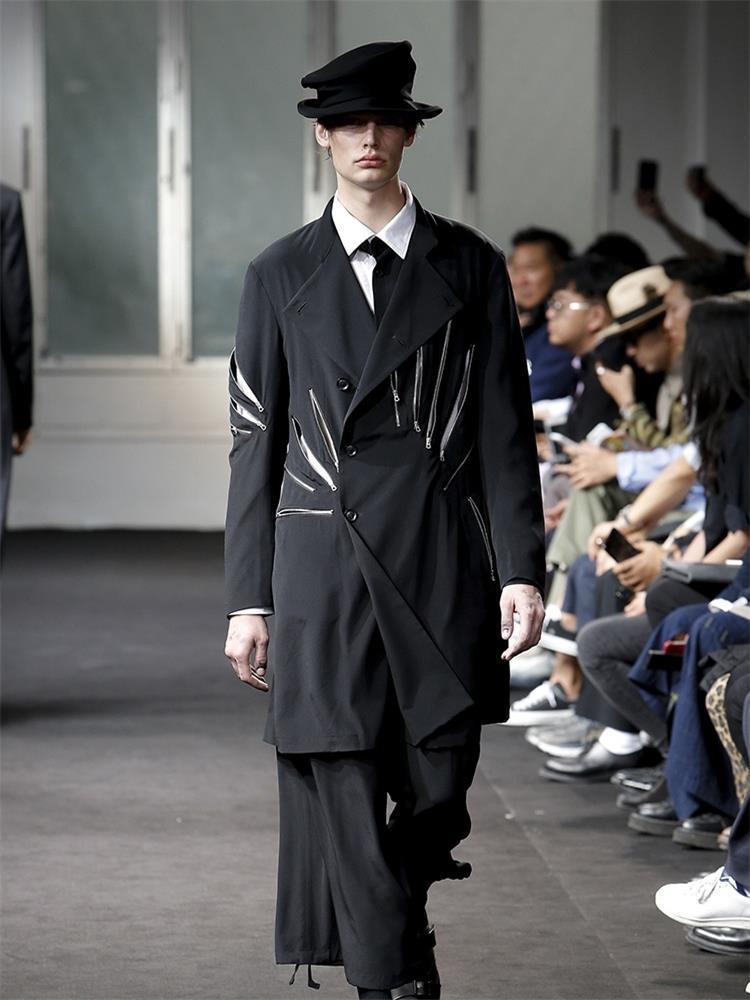 Мужская траншея Пальто костюма Куртка Мужчины Сшивание Blazer Cousealk Пользовательские застежки на молнии Черный Плюс Размер Костюмы для певцов 4XL Одежда