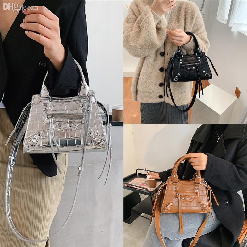 Çanta Çanta Kaliteli Luxurys Tasarımcılar Marmont Deri Ekose Çanta Çanta Dener Çantalar Mini Yüksek Klasik G8fin Kadınlar Marka Crossbody Heabt