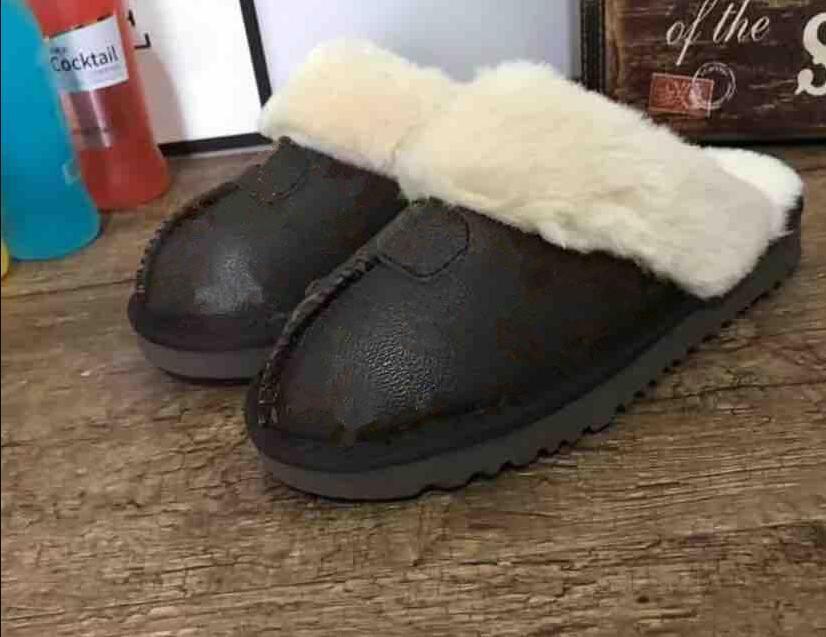 Classic Light New Mulheres Homens Moda Chinelos alta qualidade Lady Crianças Childer Slipper Botas e aquecer Slipper Botas