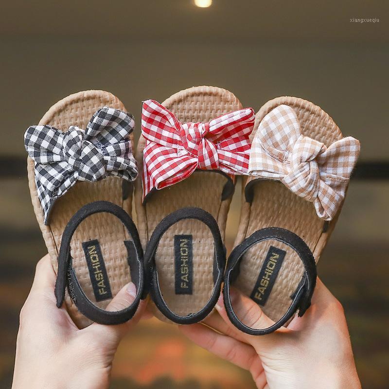 Niñas Sandalias 2020 Verano Nuevo New Children's Plaid Bow Princess Shoes Pastoral Style Soft Fondo Beach Zapatos New Fashion Kids 20201