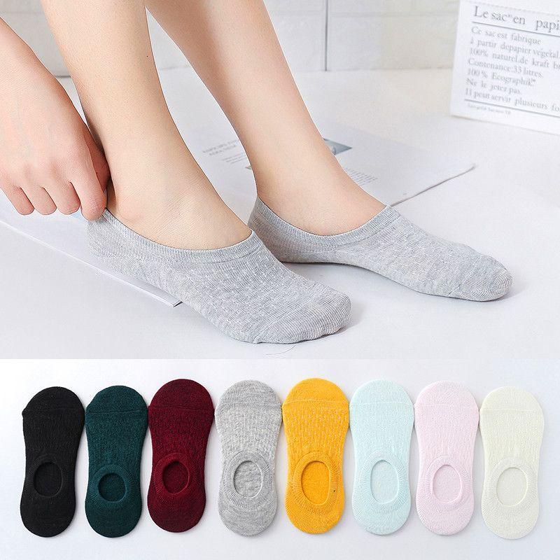 10 Pairs Renkler Pamuk Kadın Çorap Kaymaz Görünmez Tekne Çorap Yaz Ter Emme Eğlence Bayanlar