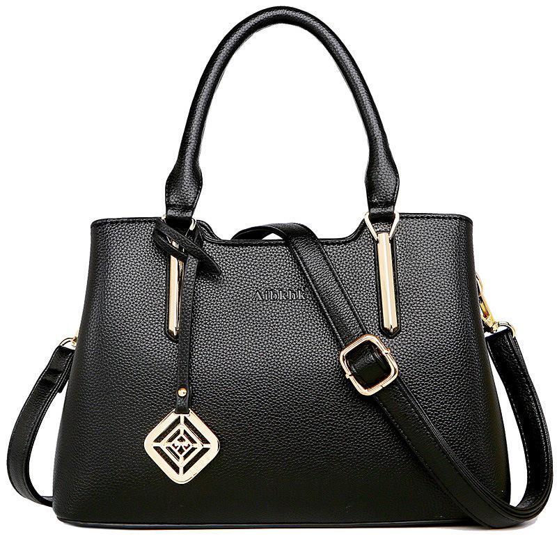 Design handbags new simple high quality ladies handbag Korean version of11 the shoulder square fashion handbag