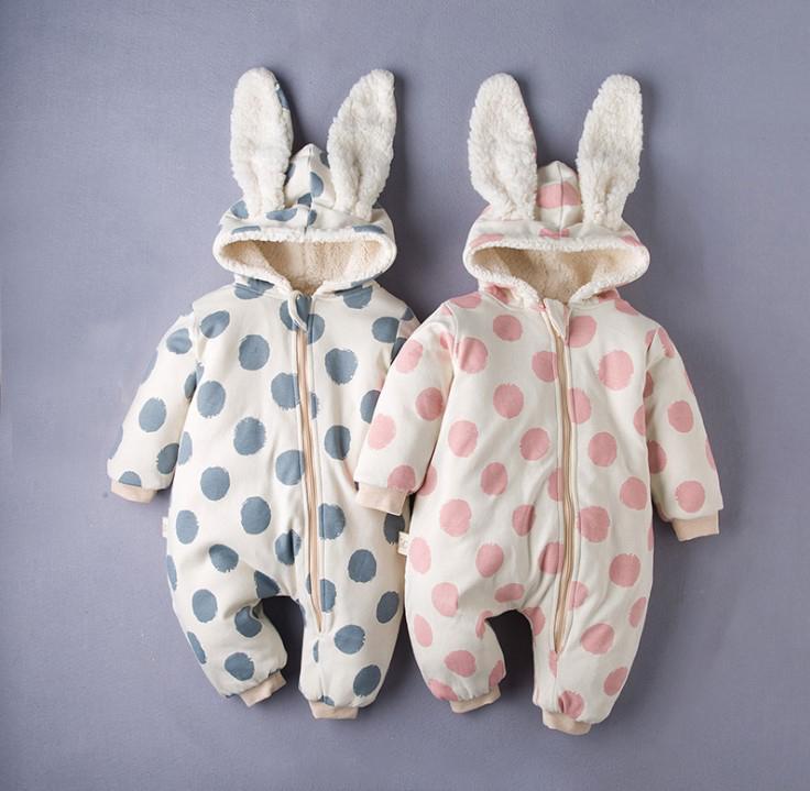 Детские моды ползунки новорожденного ребенка осень зима случайные комбинезоны точка напечатаны мило держать теплую одежду оптом