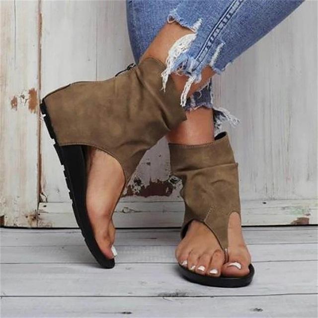 2021 Nouvelle mode d'été Flip FLOPLES FONCTIONNES CASSAL CASSAL PLAT BOUTE BOUCLE FEMMES Chaussures Plage Sandales Taille Plus