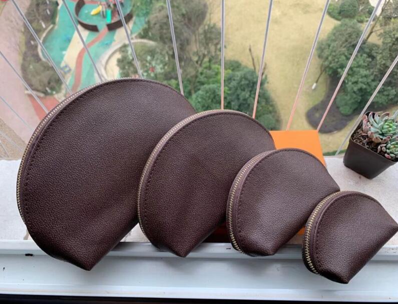 2020 Moda Moda Sacos Cosméticos Organizador Famoso Makeup Bolsa de Viagem Make Up Bag Senhoras Cluch Bolsas Organalador Bolsas De Hospedeira 4 Pcs Set