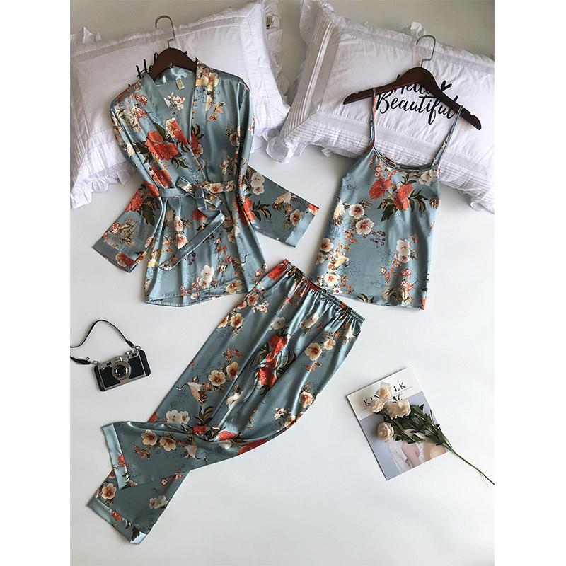 2020 Новый 3 PCS Женщины Пижамы Комплекты с брюками Sexy Пижама атласная Цветочный печати Ночное Шелковый пеньюар Sleepwear Pajama
