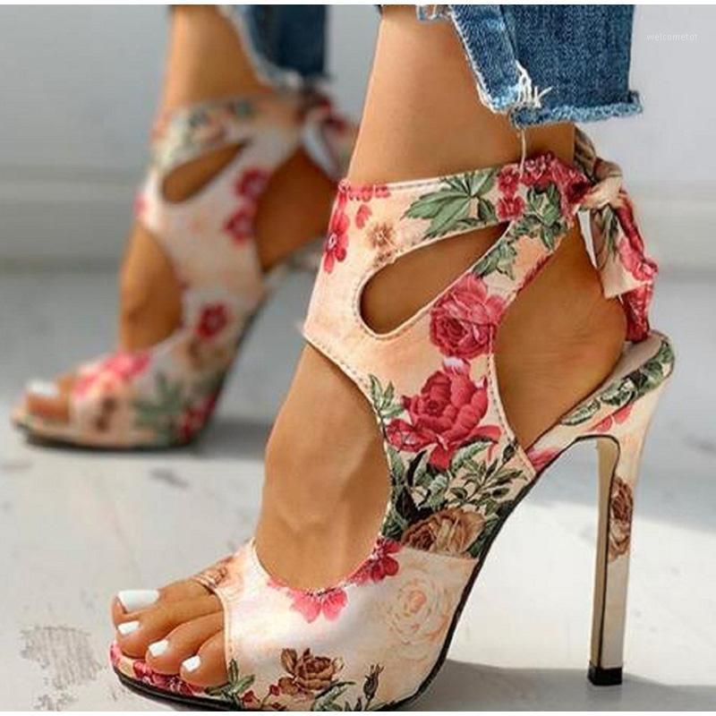 Hueco fuera de la hembra mujer mujer verano calzado de verano más tamaño de moda Sandalias Damas Estampado floral Tobillo de las mujeres Zapatillas 1