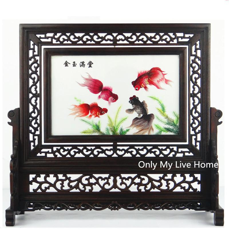 Chinesische Stil Dekor Handwerk Dekorationen Büro Wohnaccessoires Ornamente Hand Seide Stickerei Muster mit Wenge Holz Rahmen Hochzeitsgeschenk