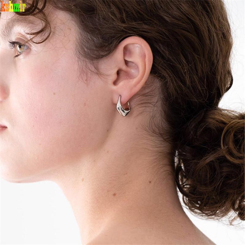Kshmir einfach und universell einsetzbar Geometrische Ohrringe Metallic Retro Ohrringe Gold koreanische für Frauen Earclip Schmuck Großhandel