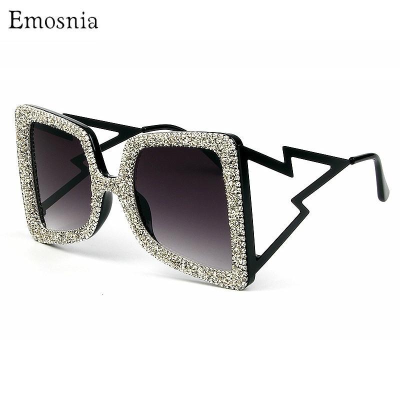 Lunettes de soleil de Gafas Square de Crystal Lunettes de soleil Diamant de luxe Strass UV400 Sol Femmes Mode Viette Viette Viette Overdized Hommes Pour Shades Tkovb