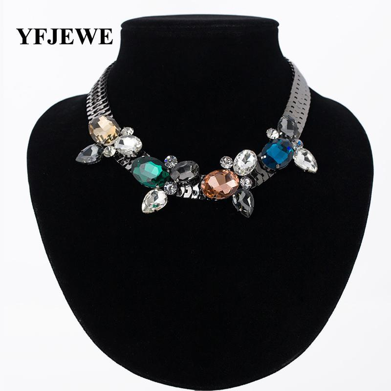 2020 TOP Newest Fashion Jewelry Exquisite Rhinestone Pendant Necklace Gem Flower Chain Pendant Necklace For Women Wedding #N014