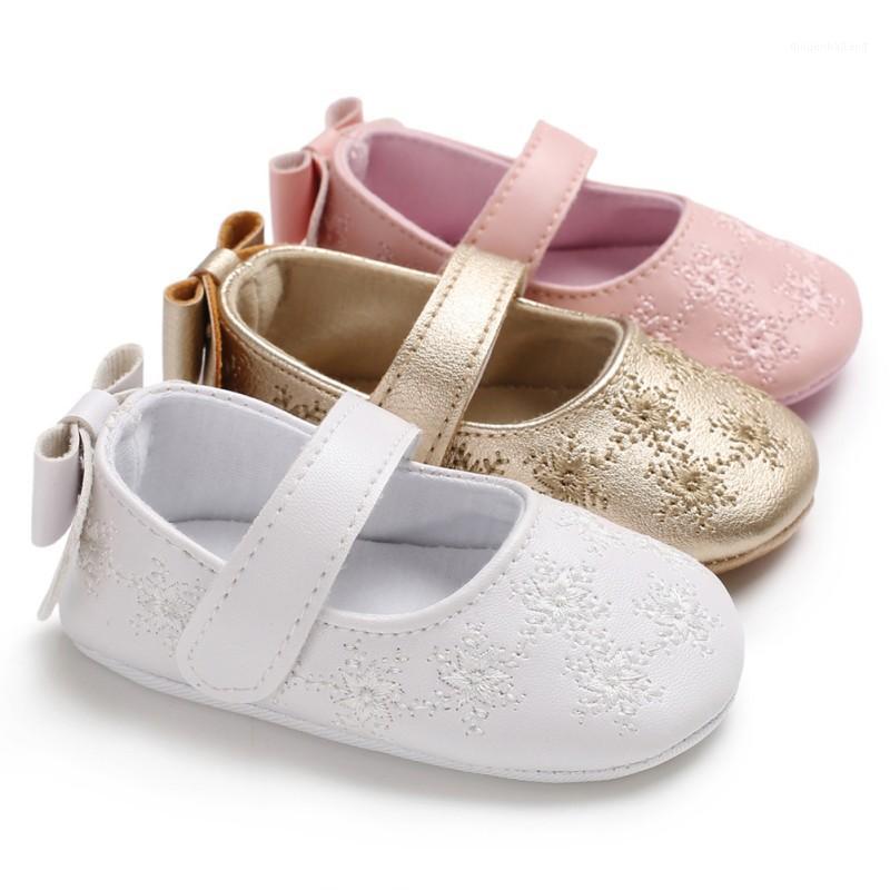 Zapatos de niña bebé lindo bowknot zapatos de bebé zapatillas antideslizantes Soft Sole Sole Toddler First Walkers1