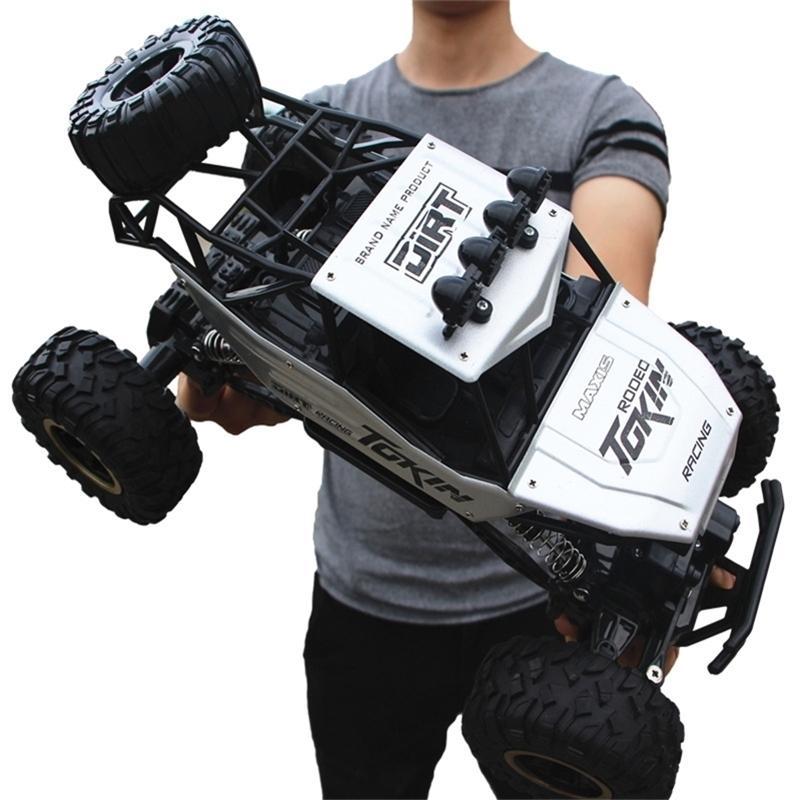 RC Coche Actualizado Versión 2. Coche de escalada Double Motors Bigfoot Car Remoto Control Modelo Off-Road Vehicle Toy LJ201210