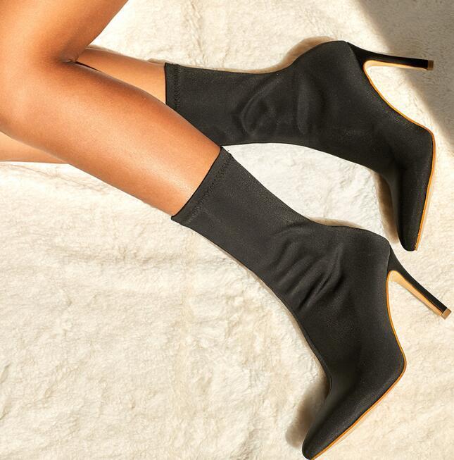 Zapatos para mujer Negro Diseño La mitad del calcetín del estiramiento de las señoras de los cargadores de los cargadores femeninos gruesos tacones altos ninguna cremallera mujer de la manera puntas de los pies las botas del tobillo