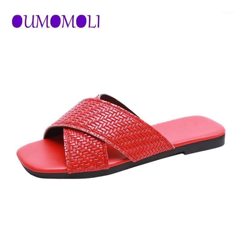 2020 PU Cuir Summer Femmes Pantoufles Femmes Diapositives Femmes Summer Summers Chaussures Solides Femme Flip Flip Flop Plus de taille 35-42 Q4111