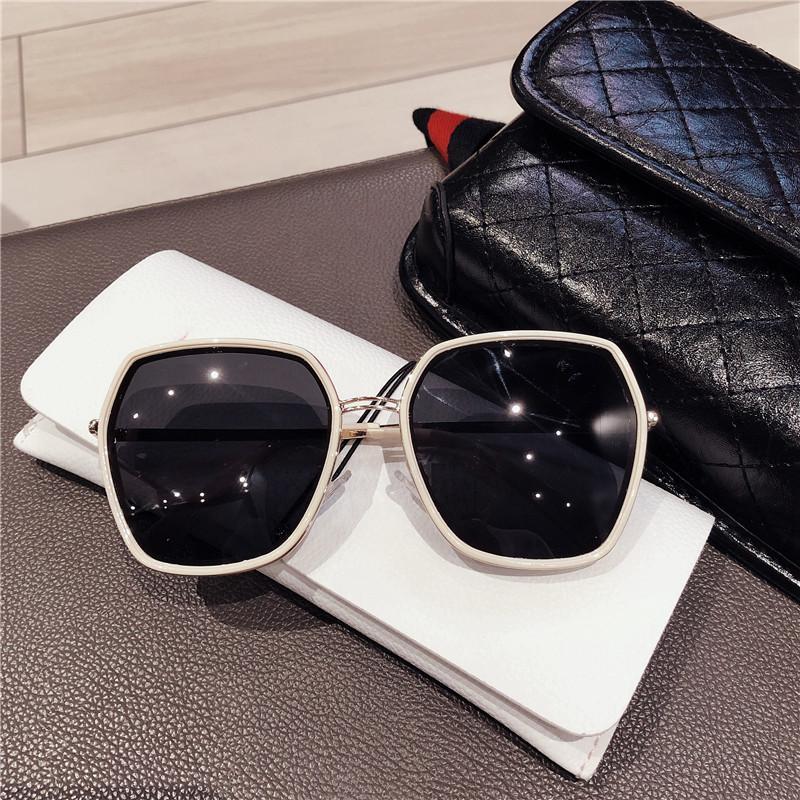 Verres Femmes Mode Lunettes de soleil polarisées UV-Protection en ligne Celebrity Street Snap Sunglasses de mode Cool Round Visage Q0119