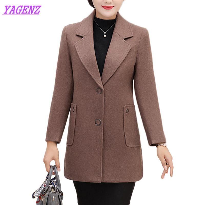 Plus Size Ladies Woollen Manteaux femmes d'âge moyen Woollen Veste Longueur Automne Hiver moyen solide en vrac Vestes Couleur Manteau 5XL 915
