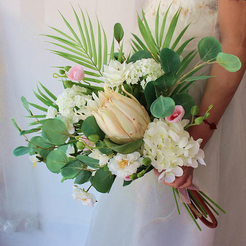Beyaz Kırmızı Gelin Buketleri Yuvarlak Düğün Çiçek Yapay Kral Protea De Mariage El Yapımı Broş Düğün Parti Dekorasyon
