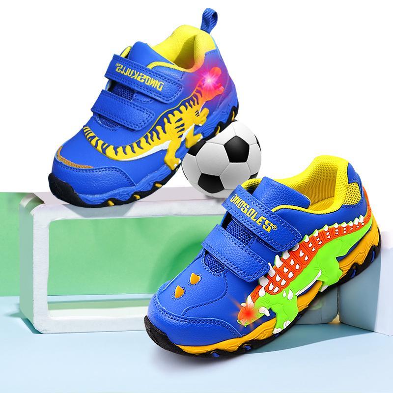 Dinoskulls Niños Zapatos dinosaurio 3D LED zapatillas de chicos Light Up Deporte tenis de los niños Entrenadores 2020 Zapatos otoño del bebé del 1007