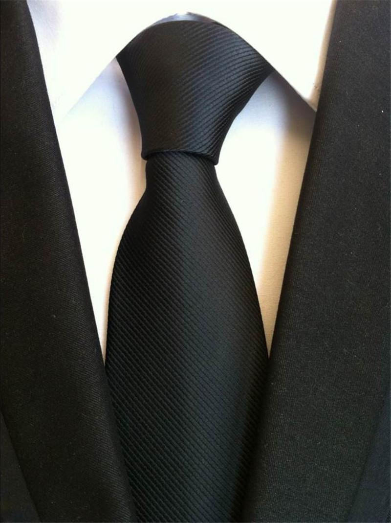 CSTD Marque 2017 Nouveau Solid Slim Netie Cravate 8cm cravates en soie pour les hommes de mariage Neties hommes Ne cravate marine cadeau bleu Gravata A015