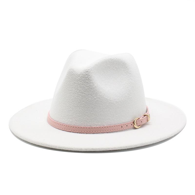 56-60 cm Beyaz / Blackwide Brim Fedora Şapka Kadın Erkek İmitasyon Yün Metal Zincir Dekor Ile Şapkalar Keçe Jazz Chapeau Q1218 Y0910