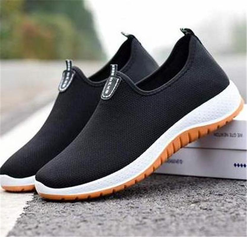 Nefes Erkekler yeni sevimli sandalet quality terlik Düz Lazy Erkek Chaussure Homme varmak