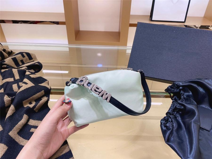 2020New Simple Sle Lady HandinsDiamond Bag Capaci Marke Single Shoulder Insdiamant Bag Französisch Hohe Quali Frauen Reißverschluss Unterarm Insdiamond # 79433111