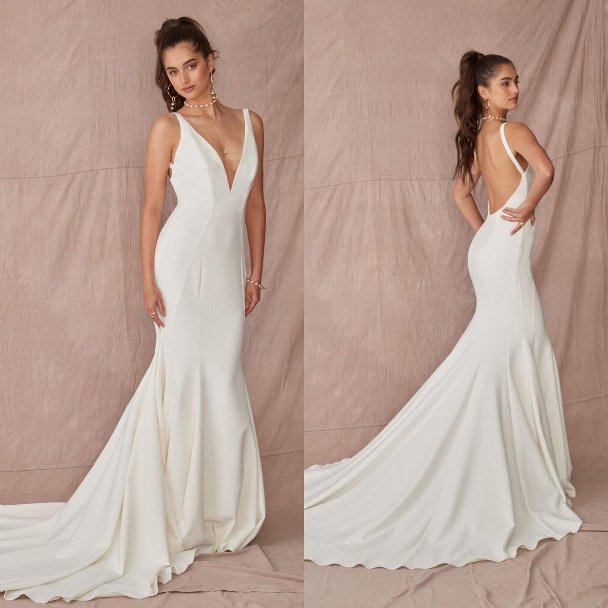 Осень V шеи Свадебные платья Backless Поезд стреловидности Русалка свадебное платье сшитое Простой Пляж Свадебные платья