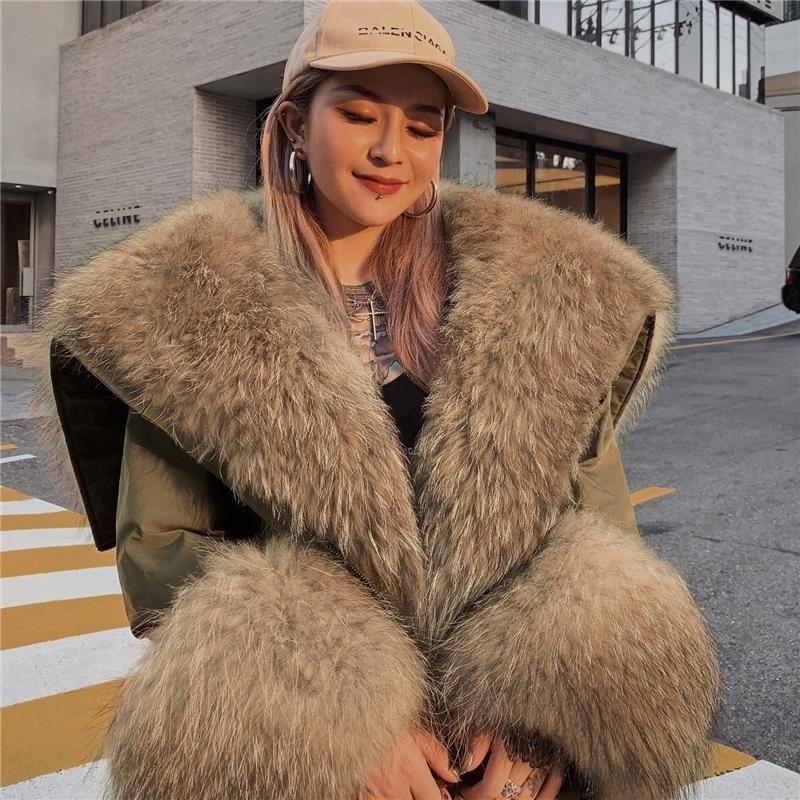 Femmes Real Fur Parka Manteau d'hiver Nouveau véritable raton laveur de renard Collier de fourrure de fourrure de fourrure CT950 Y201001