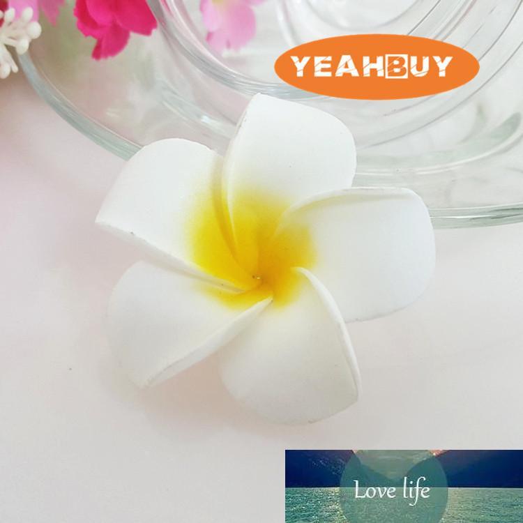 100 piezas 7cm Jefes de Hawaian 5COLORS tacto verdadero artificial PE Frangipane Plumeria flor de fiesta de la boda de bricolaje Headware Decoración
