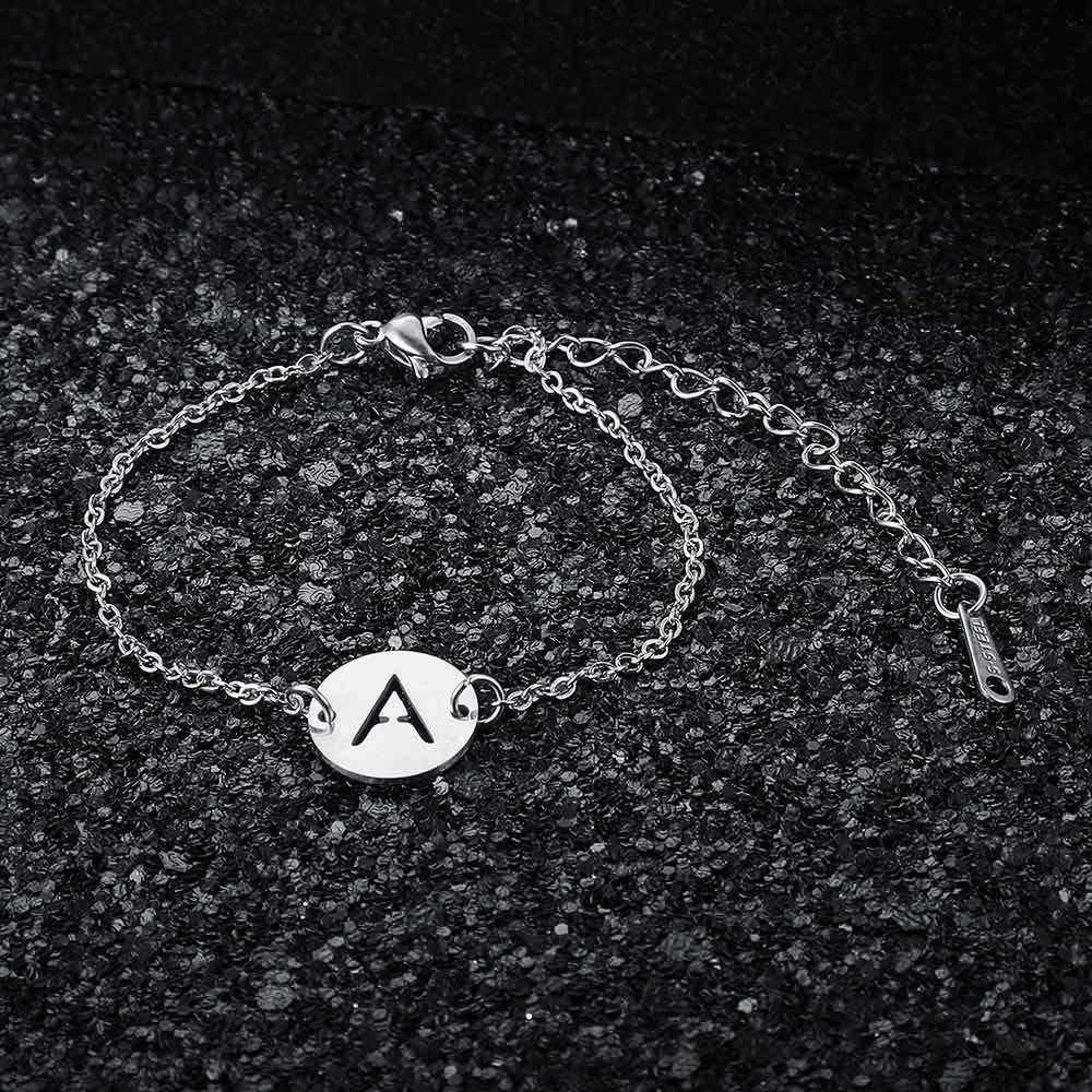 26PCS / SET A-Z STAR STAR STAR FEMME FEMME Bracelet initial en gros 100% en acier inoxydable Lettre Bracelets 26 lettres bijoux W1218