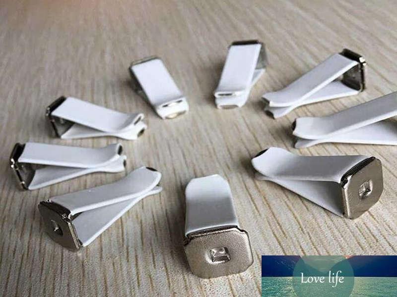 Nouvelle arrivée Auto Outlet Clips Métal en alliage Couleur Blanc Noir bricolage Automobile parfum clip