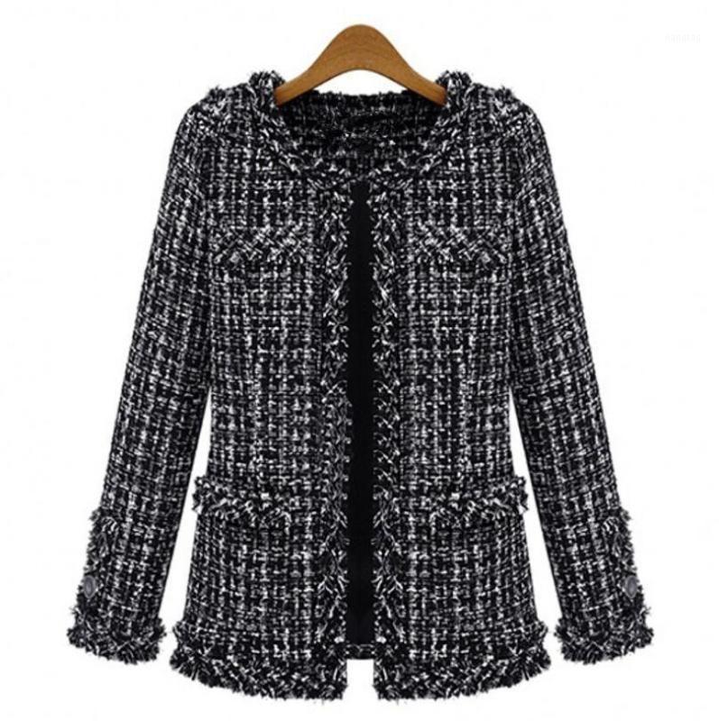 Chaquetas de mujer otoño invierno tweed chaqueta mujer abrigo 2021 elegante delgado manga larga manga a cuadros mujer talla grande tassel abrigos negro p16251