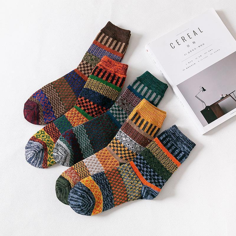 Chaussettes pour hommes Business Business Hommes en laine épaissie Earl rétro style national rétro petit carré pour bottes de neige 5 paires / lot