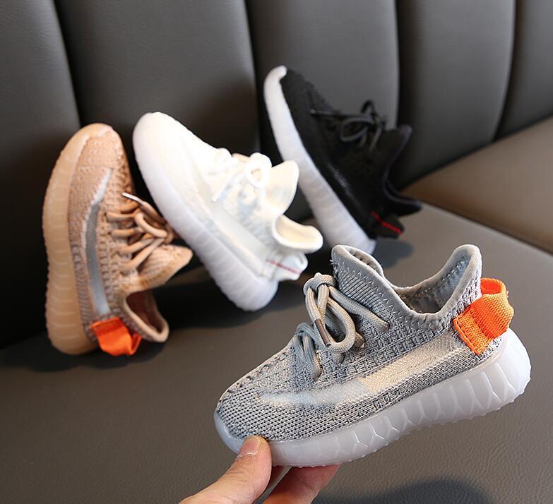Scarpe casual per bambini Scarpe casual da sneakers Toddler Kanye West Run Scarpe Baby Bambini Bambini Gioventù Boys And Girls Chaussures Verser Enfants