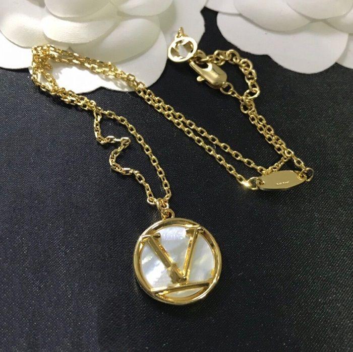 Designer di lusso Gioielli Gioielli Donne Collana Gold Shell Pendant Collana Quattro foglie Flower Pattern Braccialetto di rame Orecchini Set di gioielli di moda 1