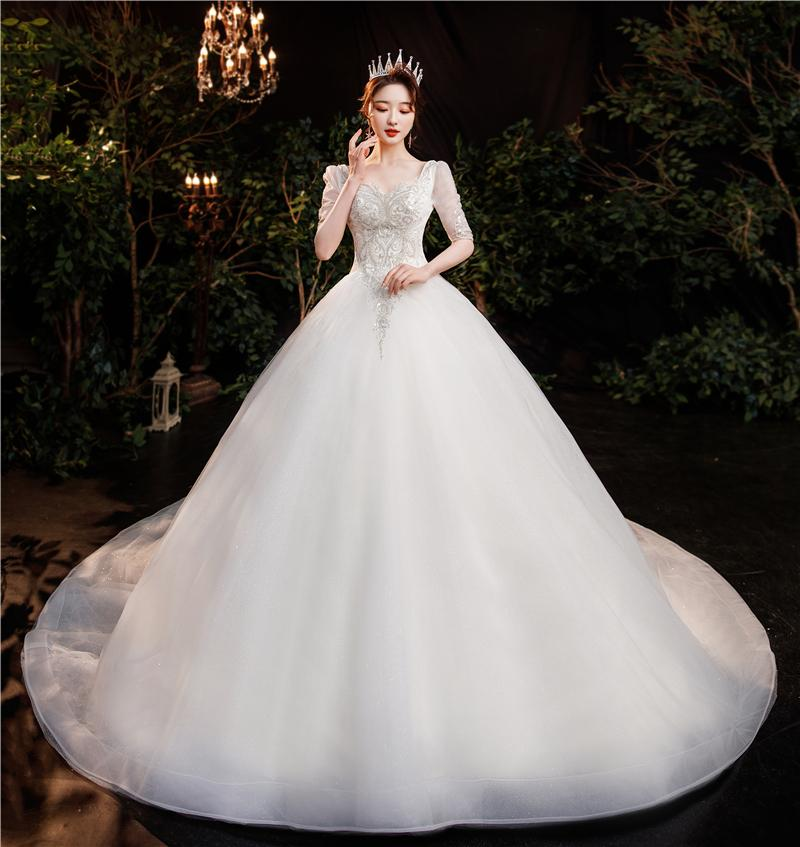 Romantic, sweet, dreamy wedding dress,High Fashion, new niche,Intellectual Elegant Generous Noble simple temperament trailing wedding dress