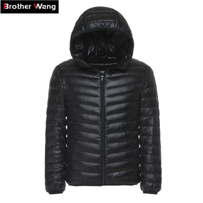 6 Renkler 2020 Kış erkek Işık Aşağı Ceket Giysileri Moda Rahat Kapüşonlu Sıcak Beyaz Ördek Aşağı Ceket Erkek Marka Giyim LJ200918