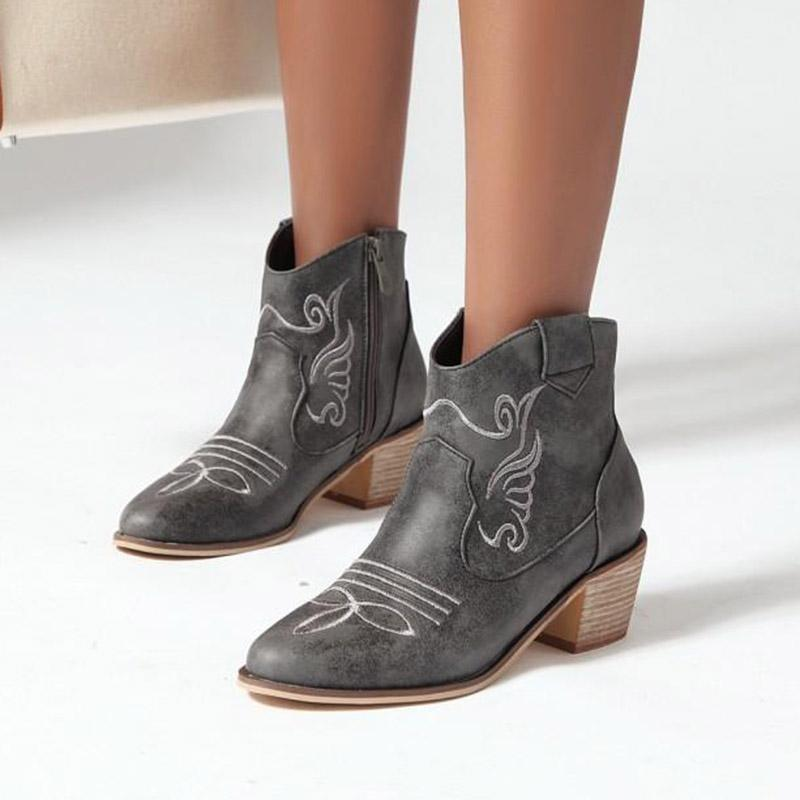 Plus Size 35-43 Women Ankle Boots National style Embroider Boot Square Heeled Casual Shoes 2020 Winter botas retro mujer 8559N1