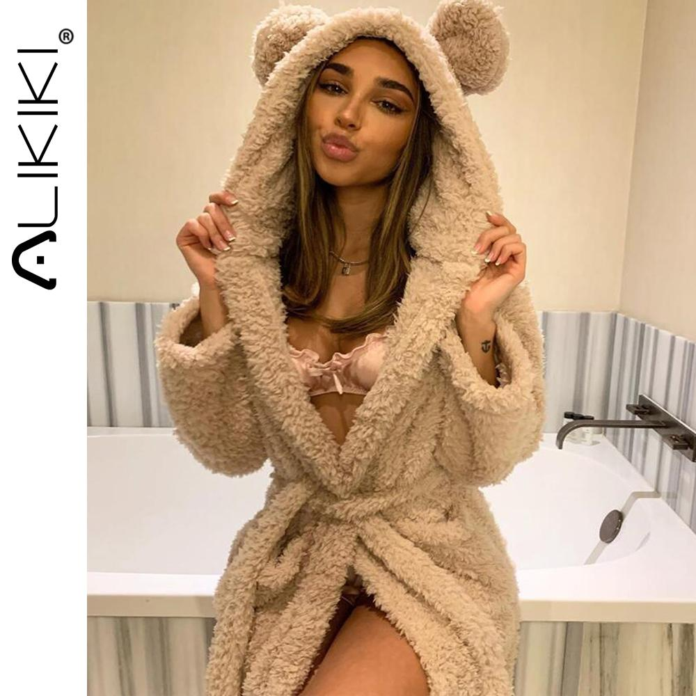 Kış Sıcak Flanel Bornoz Kadın Diz Boyu Banyo Robe Yumuşak Kalın Sevimli Pembe Gelinlik Bornozlar Kadın Soyunma Kıyafeti Pijama C1115