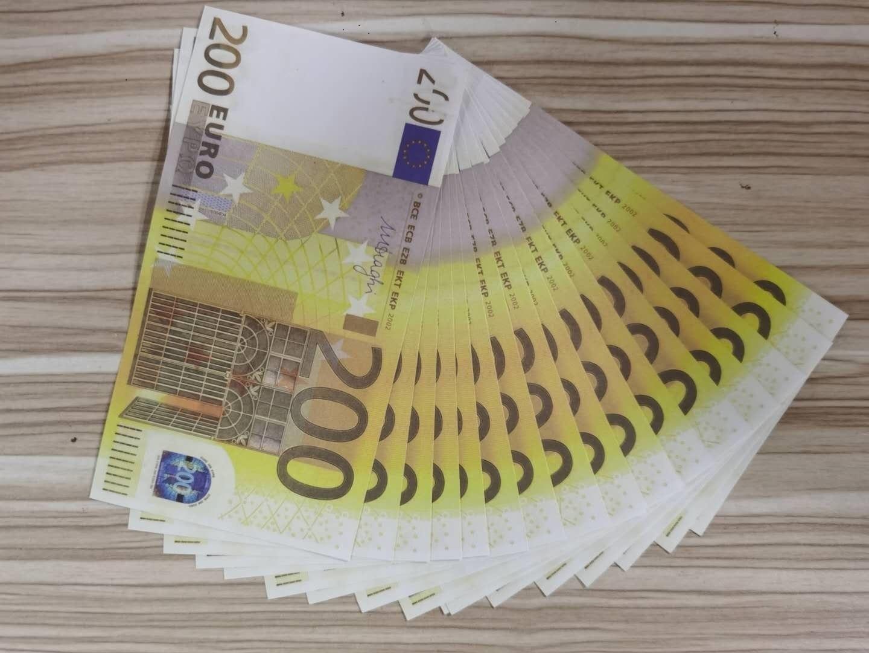 EUR200 Selling Hot Selling Paper Money Nouveaux produits sur les étagères Barre de l'atmosphère Papier Argent Projects de barre de barre d'accessoires de barreau 08