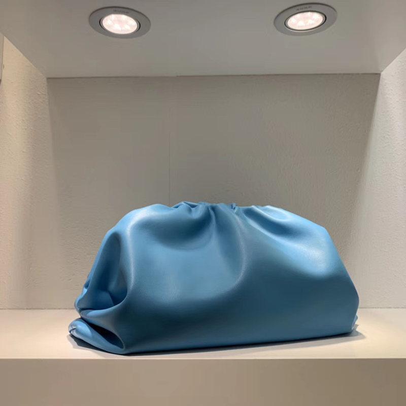 2021 designers sacos saco mulheres bolsa grande embreagem o saco macio genuíno luxurys couro bezerro moda moda senhoras para as mulheres dlive clou npsh