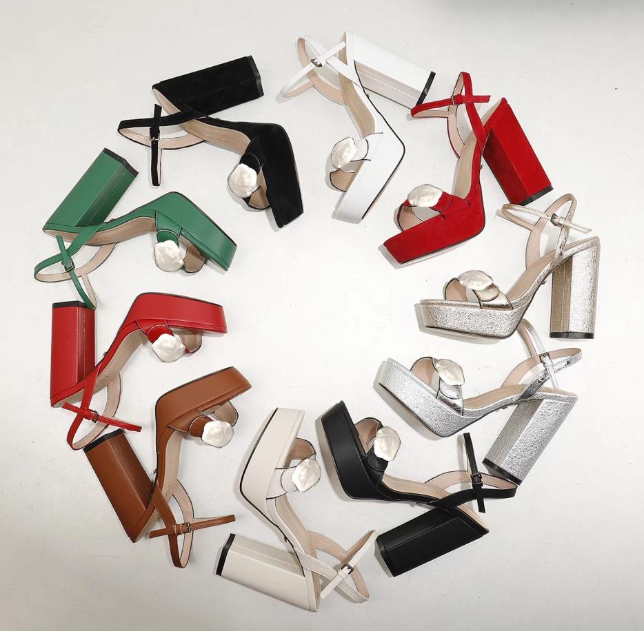 Clássicos Mulheres Sapatos Sandálias Moda Praia Grosso Chinelos De Fundo Alfabeto Senhora Sandálias Couro Sapatos De Salto Alto Slides 08