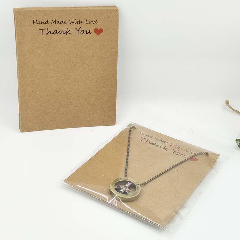 2017 Nueva caliente al por mayor de bricolaje 1lot = 100 pcs 100 del opp Tarjeta colgante de collar de la tarjeta bagsKraft10x8cm Blanco Negro hecho a mano con amor