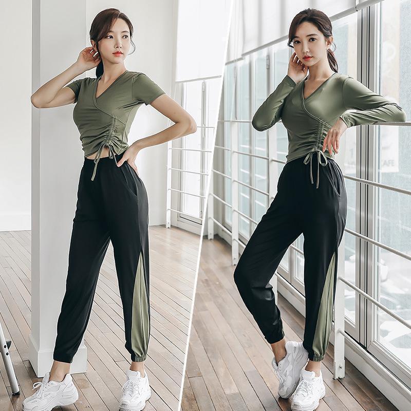 Nueva traje deportivo de la nueva mujer Ejército Green Black Sportswear Sexy Yoga Set Quick Dry Fitness Runing Gym Gym Gym Ropa Ropa Para Mujer1