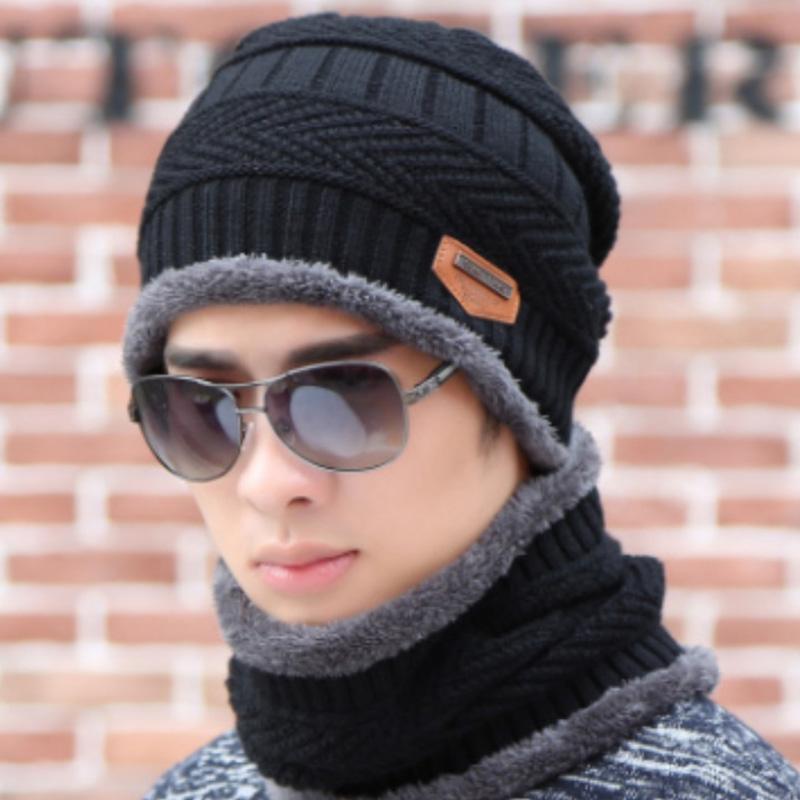 الرجال دافئ شتاء 2PCS البدلة محبوك القطن والصوف قبعة وشاح زائد المخملية سماكة أزياء الحرير الصلبة اللون القبعة